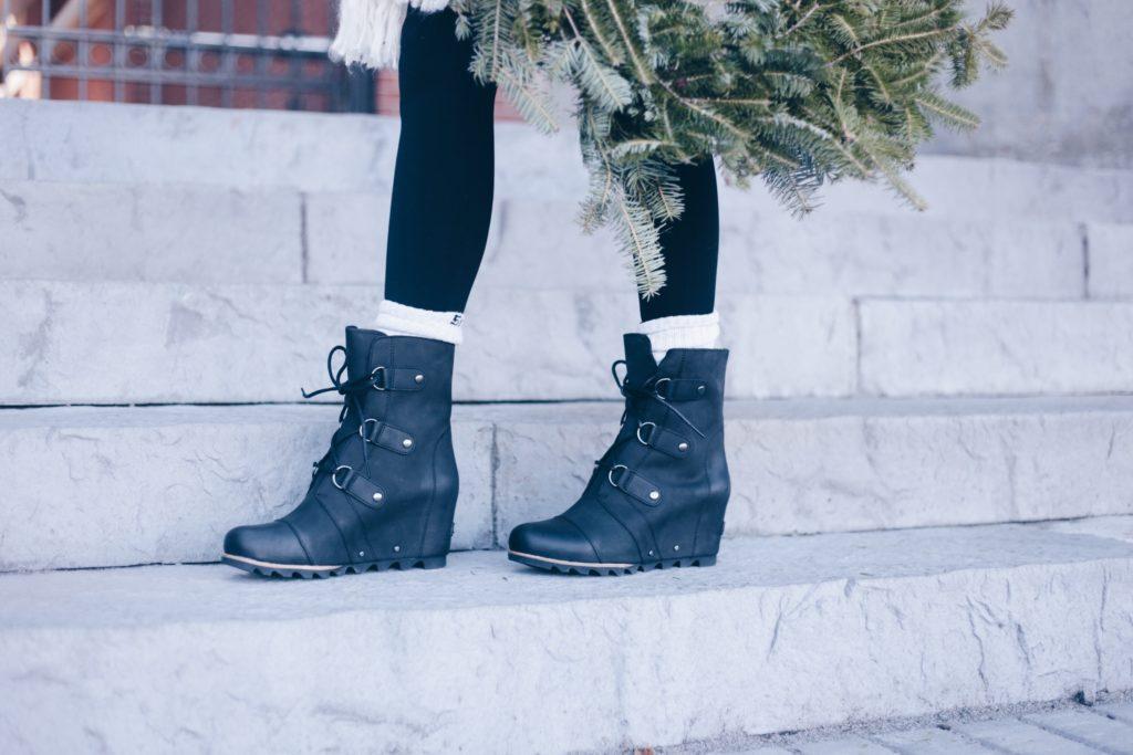 7086a351602c 10 Best Women s Snow Boots (Most ON SALE Now) - Pinteresting Plans