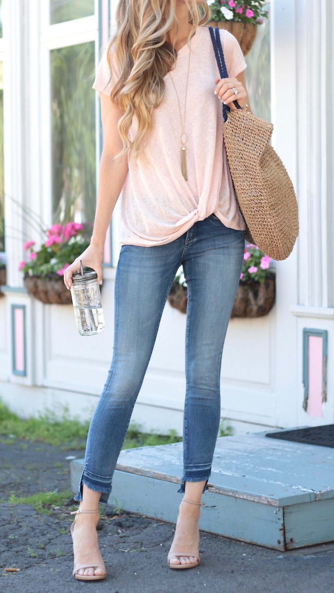 Pink Summer Outfits - An Instagram Round-Up Via Pinterestingplans-6698