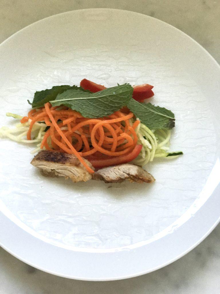 quick healthy lunch ideas - thai veggie spring rolls
