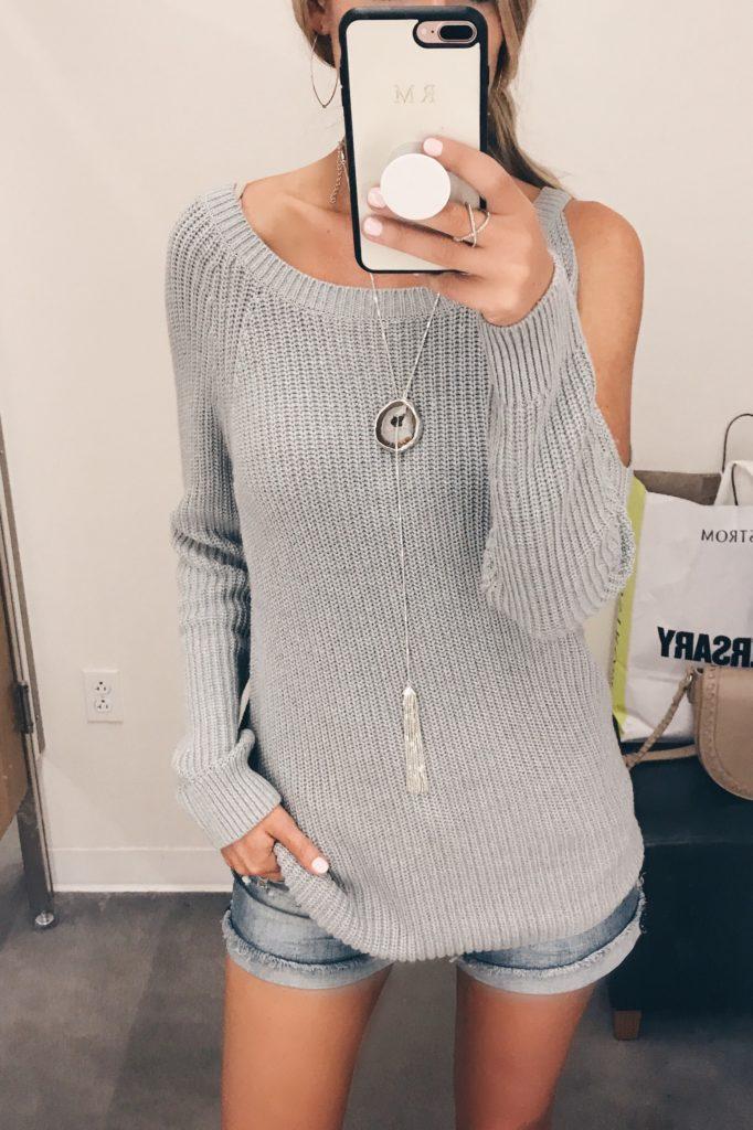 cold shoulder-sweater-on-pinterestingplans