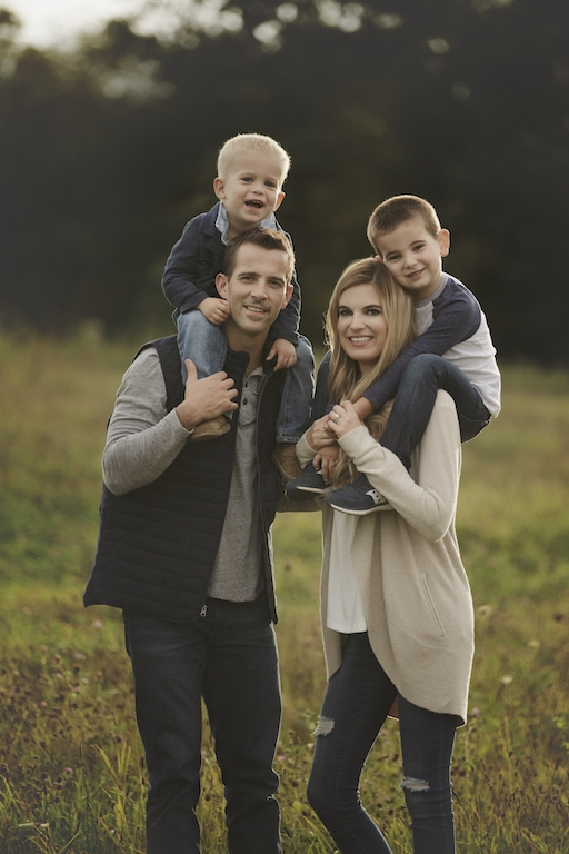 amily photoshoot fashion tips - how to pick outfits for a Fall photo shoot
