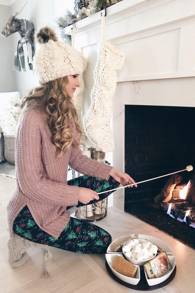 PIN THIS!! fun holday theme party ideas - après ski theme christmas party - roasting smores indoors
