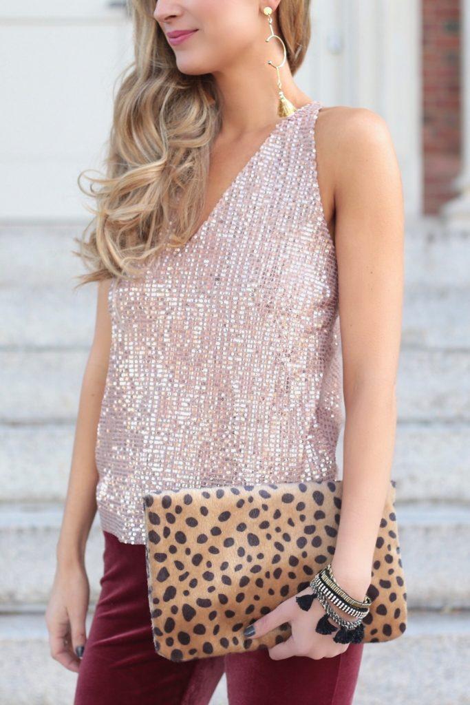 SAVE FOR LATER!! velvet holiday outfit - sparkling pink camisole over velvet leggings on pinterestingplans