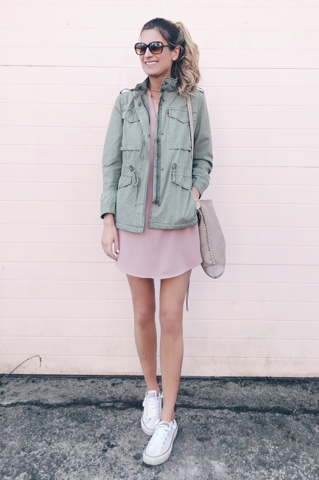 spring capsule wardrobe 2018 - shift dress with sneakers and utility jacket on pinteresting plans blog