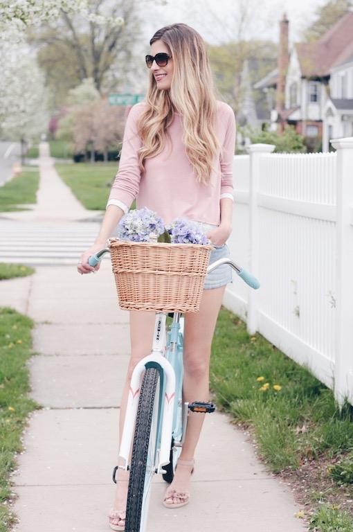 Mother's Day makeover and eyelet hem sweatshirt on pinteresting plans fashion blog