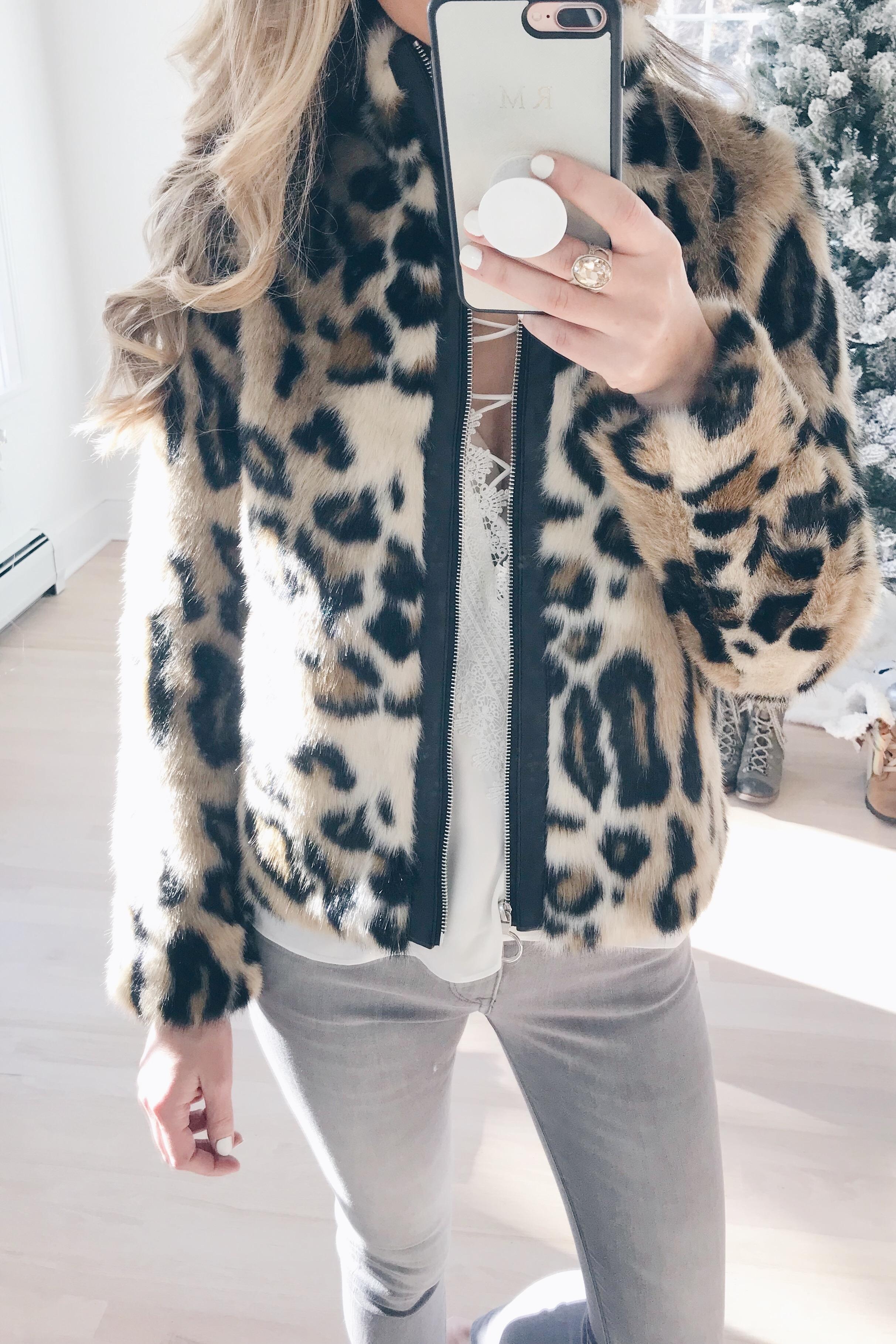 veteran's day weekend sale round up 2018 leopard faux fur jacket