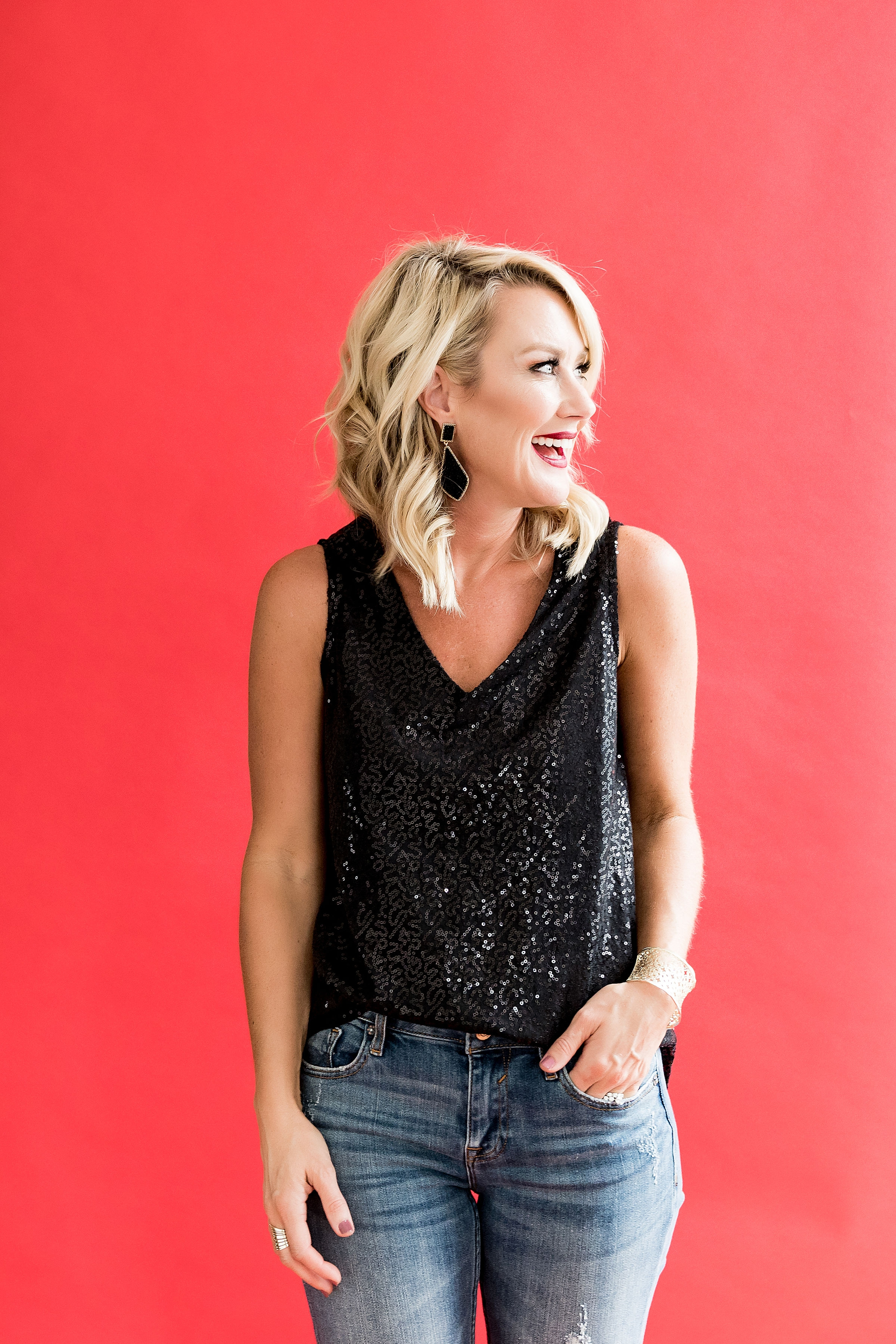 """gibson glam holiday outfit ideas - the """"cassie"""" black sequin tank"""