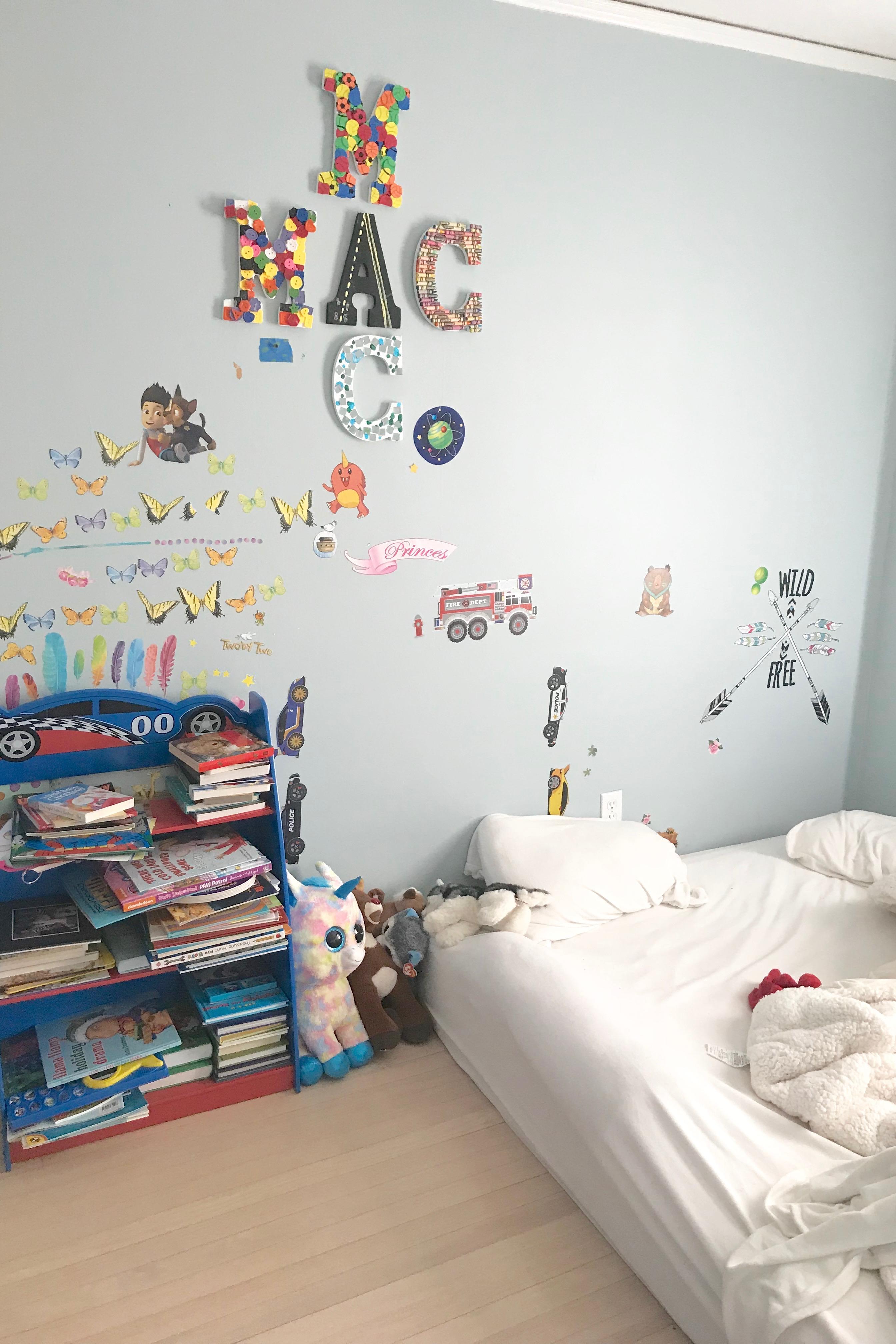 boys bedroom ideas - before photo of bedroom on pinteresting plans blog