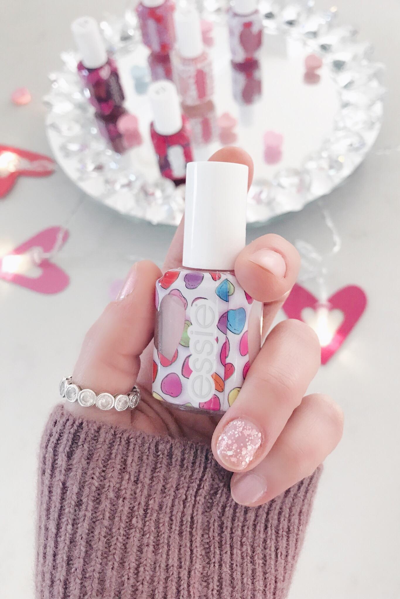 pink glitter valentine's day manicure on pinteresting plans blog