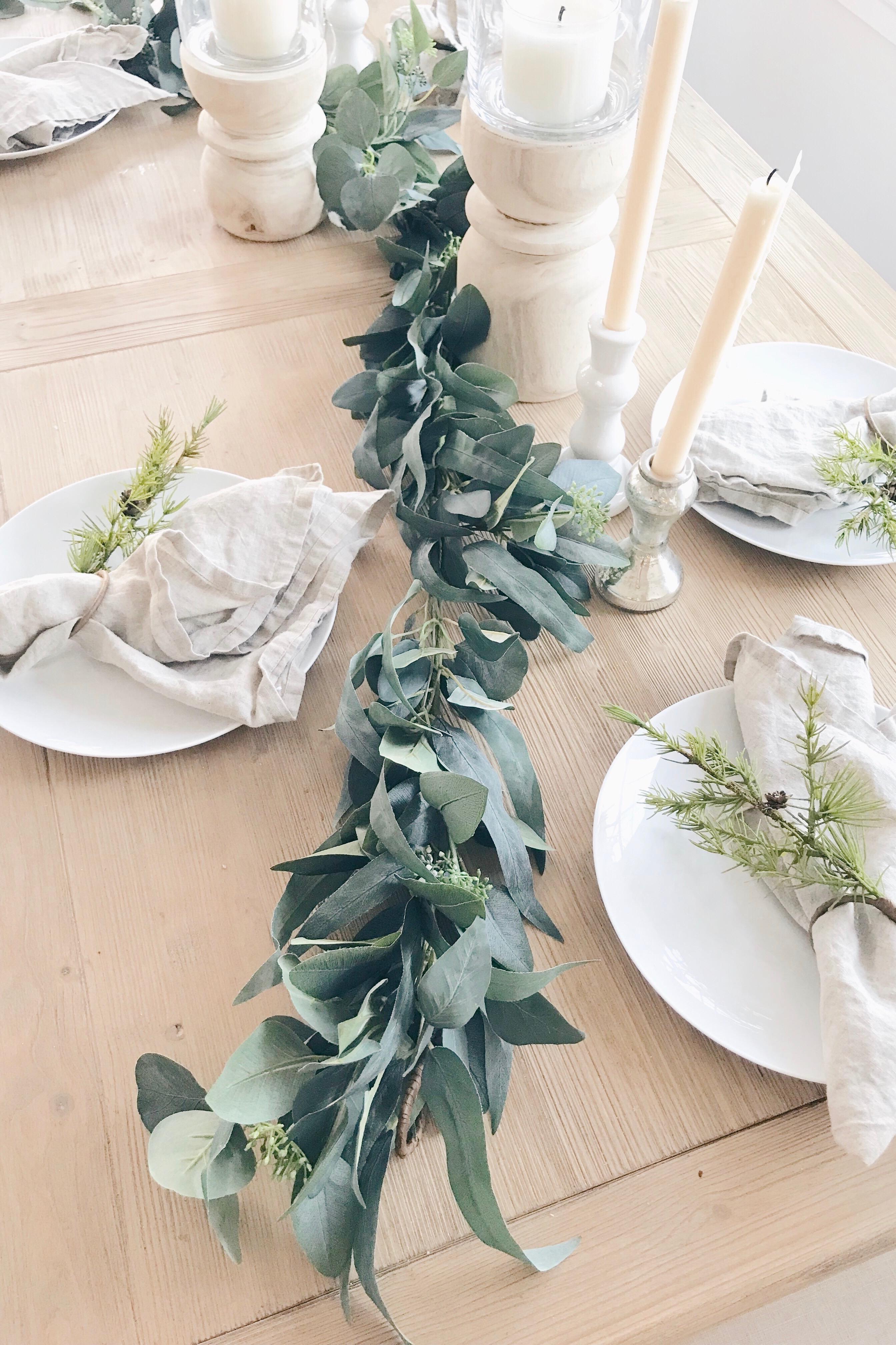 winter home decor - simple winter tablescape