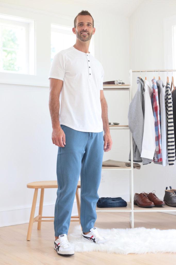 men's fall capsule wardrobe 2019 -mens joggers outfit