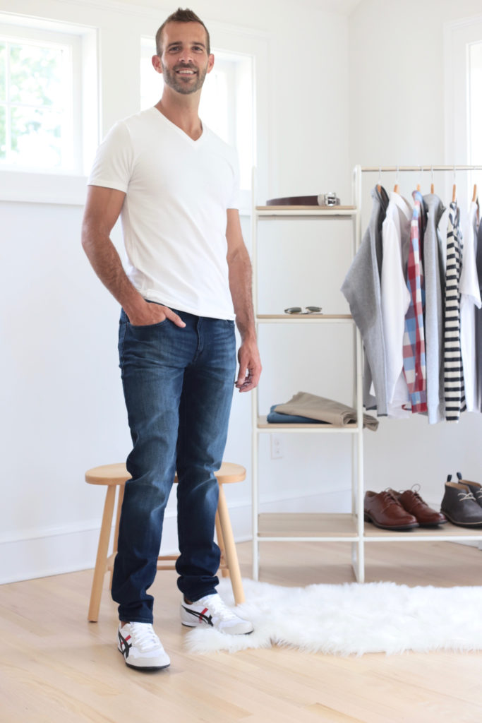 men's fall capsule wardrobe 2019 - tee shirt and jeans - pinteresting plans fashion blog