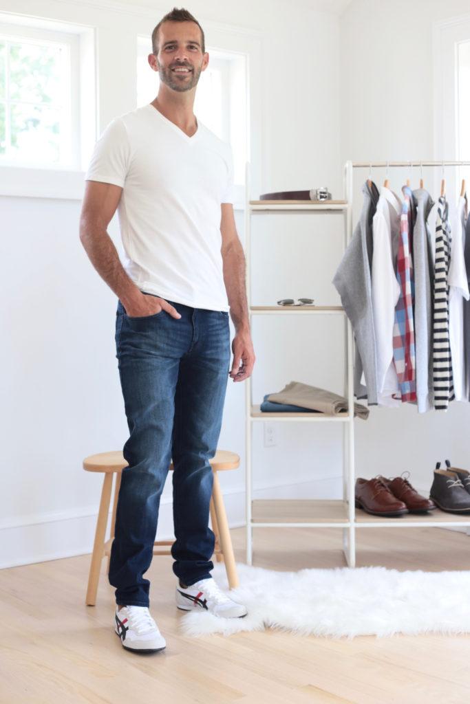 men's fall capsule wardrobe 2019 - tee shirt and jeans - pinteresting plans fashion blog