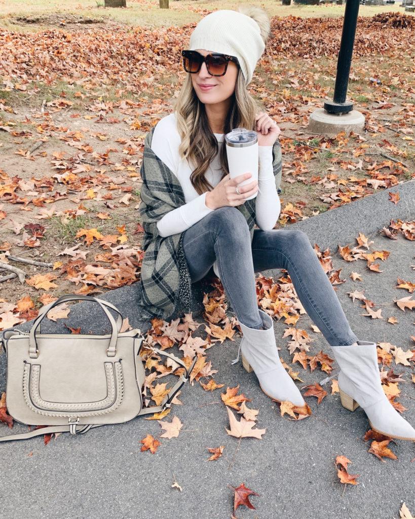 fashion blogger Rachel Moore of pinteresting plans in fall trend footwear - paper bag booties