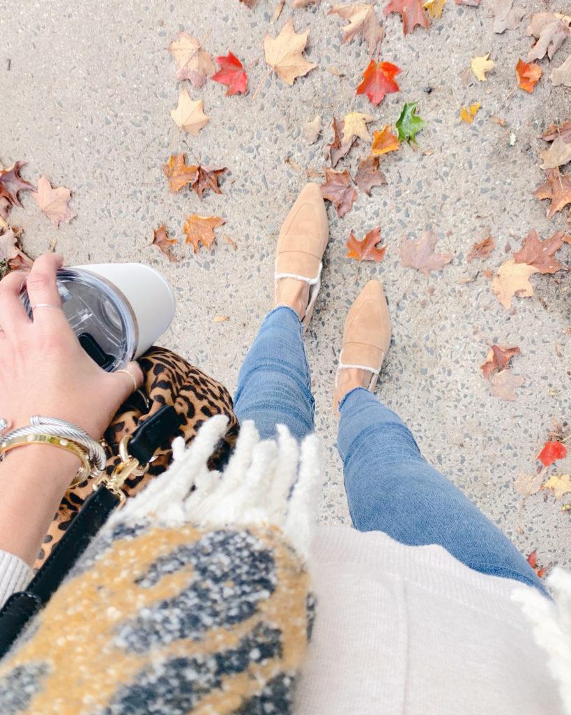 fashion blogger wearing sole society bettina shearling flats