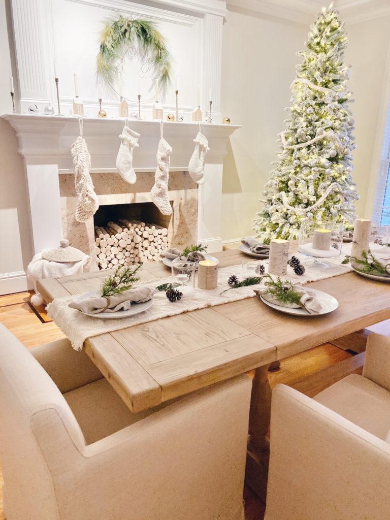 minimalist holiday tablescape for christmas dinner - pinteresting plans blog