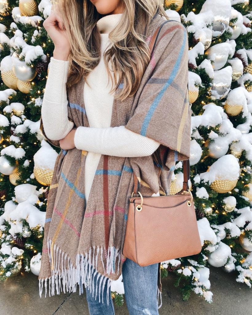 plaid fringe kimono - pinteresting plans blogger Rachel Moore discussing a clothing budget
