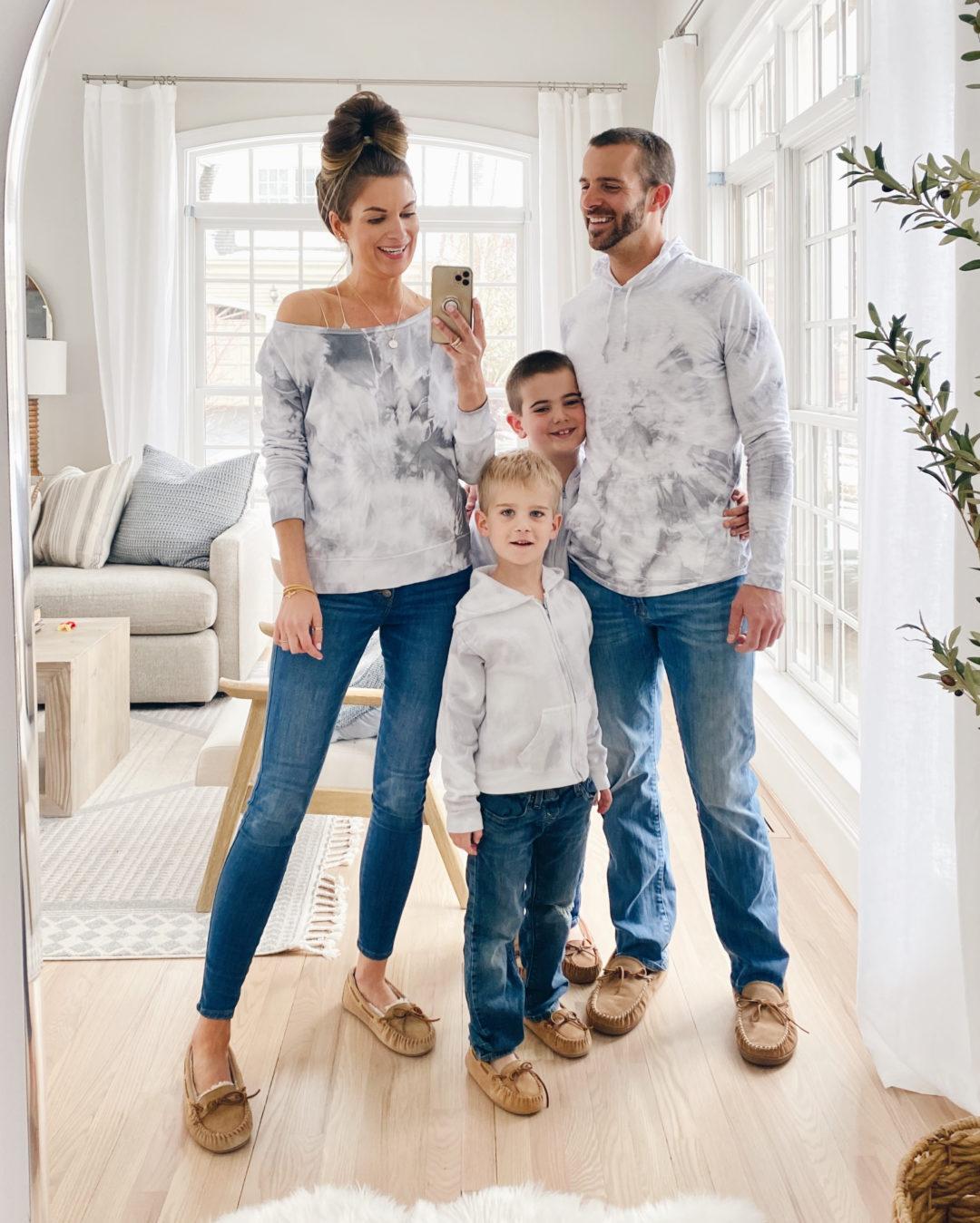 quarantine activities for kids - family tie dye