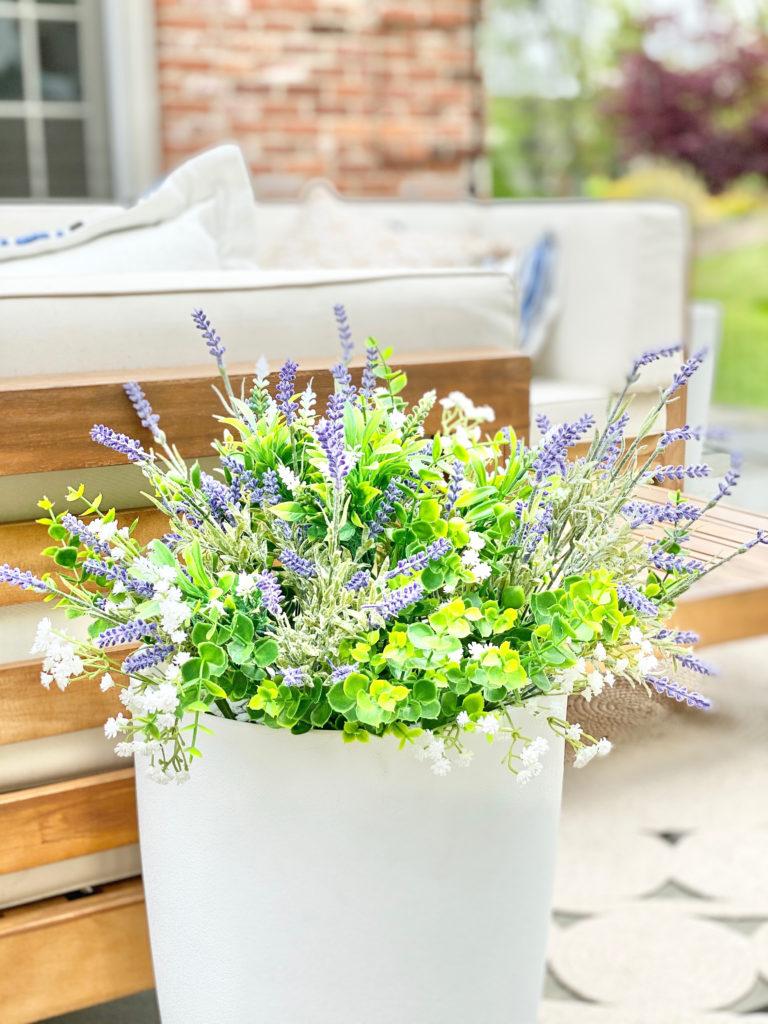 artificial plants in outdoor planter - pinteresting plans blog