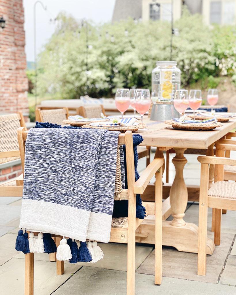 summer entertaining - patio dining ideas - pinteresting plans blog