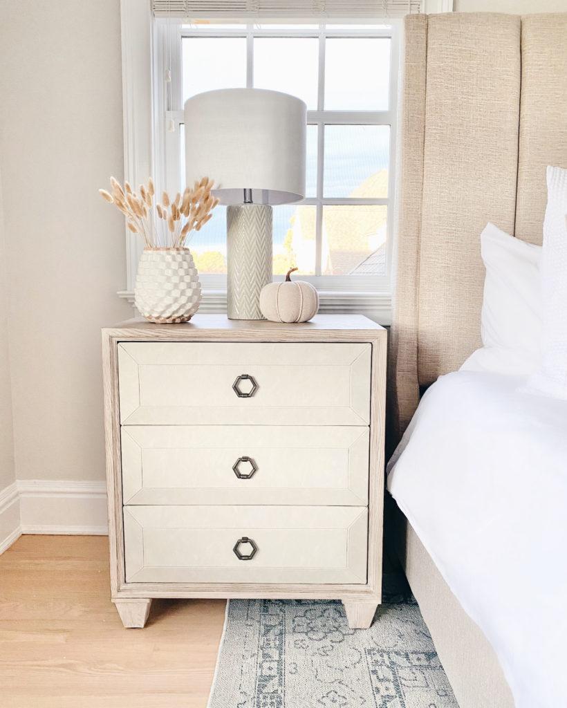 coastal inspired neutral guest bedroom furniture and decor - pinteresting plans blog