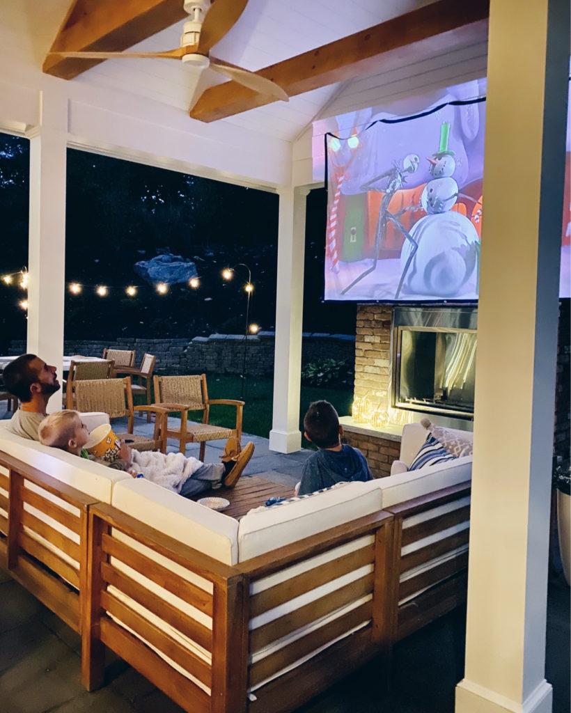 outdoor movie night - amazon movie projector