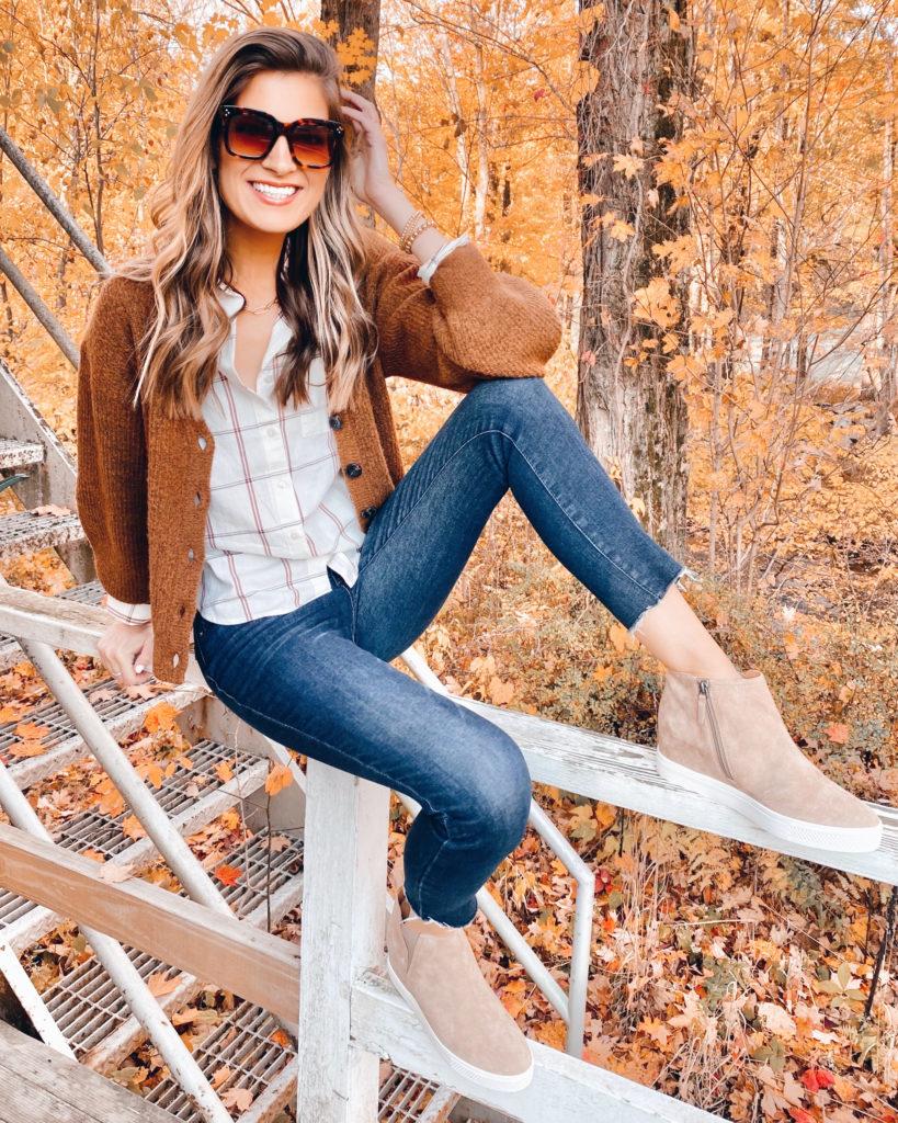 leaf peeping outfit idea - connecticut fall fashion style