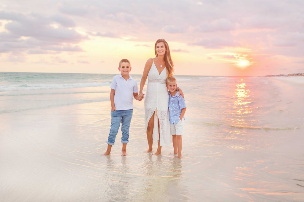 what to wear for family beach photos 2021