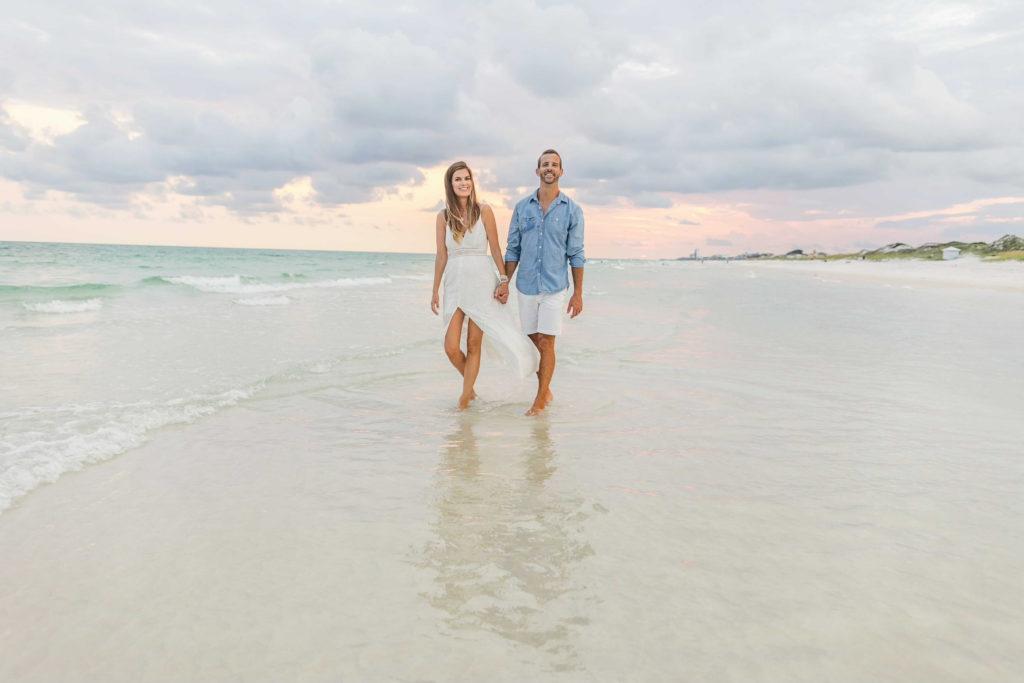 couples beach photo outfit ideas 2021